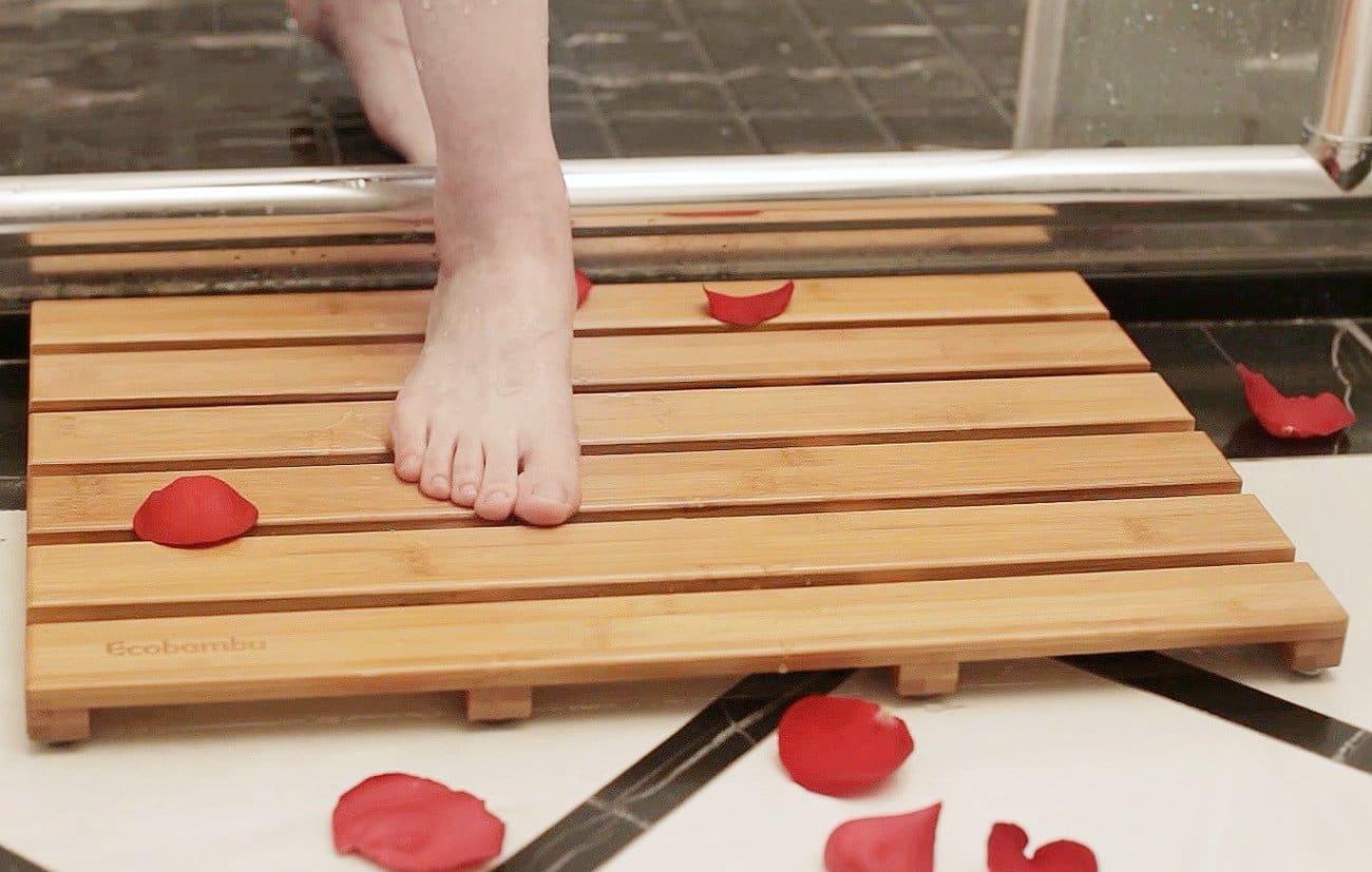 Top 10 Best Bamboo Bath Mats In 2021 Reviews Buyer S Guide