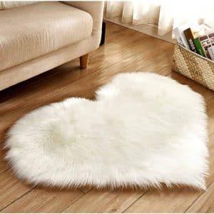 LISJFS Heart Shaped Soft Faux Sheepskin Fur