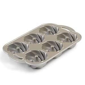 Nordic Ware Heritage Cake Pan, Silver