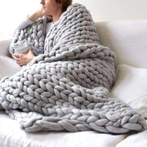 Eacho Chunky Knit Blanket